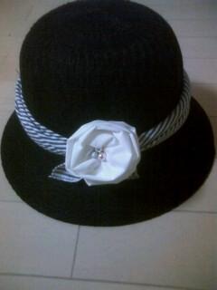 帽子に飾りを☆