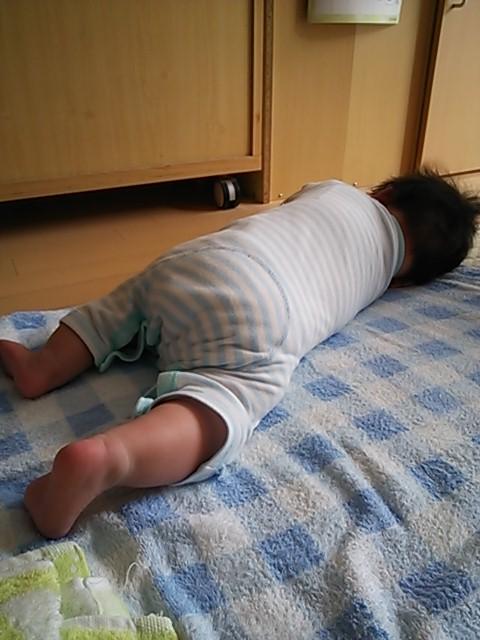横向き寝。